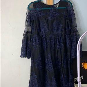 Black and blue maternity dress